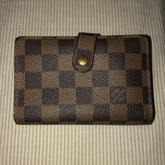 Louis Vuitton Handbags - Authentic Louis Vuitton Wallet